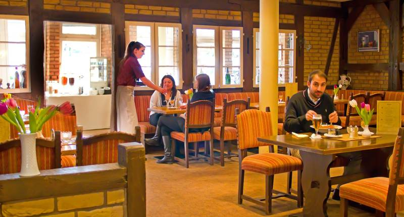 Hotel kreuzer in hamburg bei for Hippes hotel hamburg