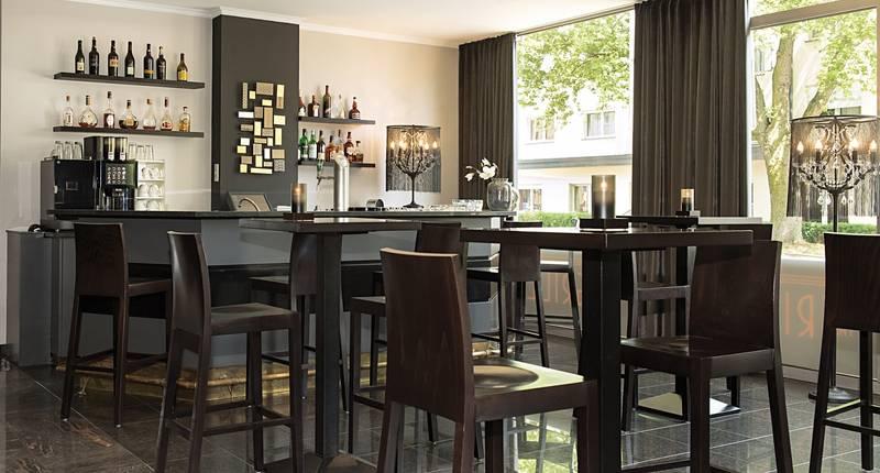victor 39 s residenz hotel saarlouis in saarlouis bei. Black Bedroom Furniture Sets. Home Design Ideas