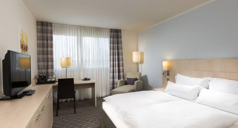 mercure hotel mannheim am friedensplatz in mannheim bei. Black Bedroom Furniture Sets. Home Design Ideas