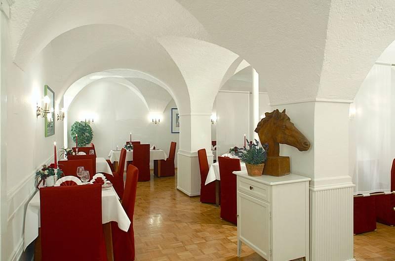 Hotel Weisses Ross In Memmingen Bei Hotelspecials De