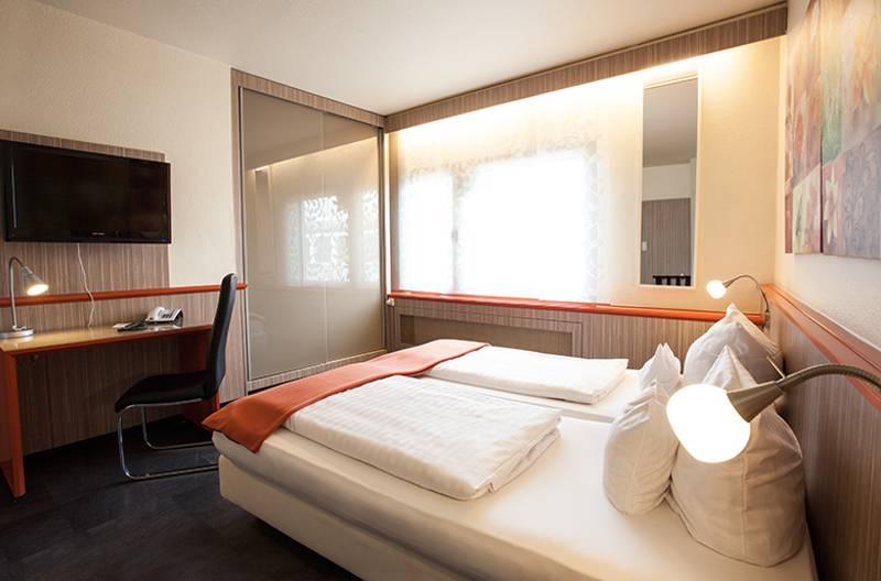 Centro Hotel Ariane In Koln Bei Hotelspecials De