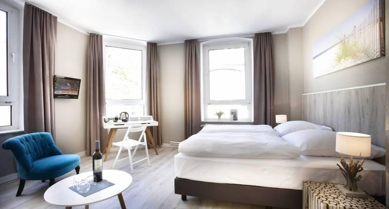 hotel liegeplatz 13 kiel by premiere classe in kiel bei